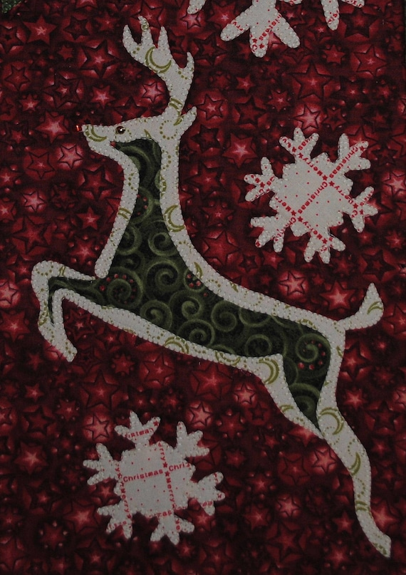 Brushed Reindeer Quilted Christmas Wall Hanging Pattern
