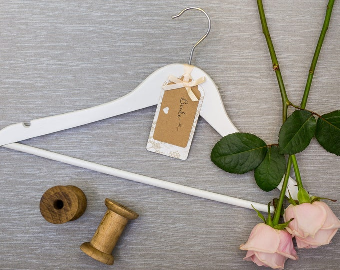 Wedding Hanger with Personalised Cream Chantilly Lace Kraft Card Label