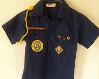 Vintage Cub Scout Boy Scouts of America Official Shirt Diamond Jubilee 75 Year Bobcat