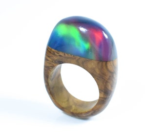 Aurora Ring, Northern lights gift, Iridescent ring, Lab created Opal Ring, Colour shifting ring, Boho ring, ArtfulResin, Special Birthday