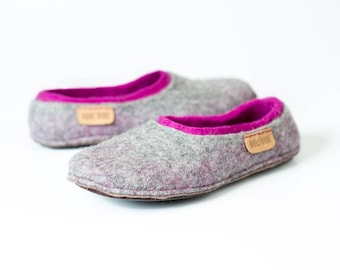Felted woolen slippers with a colorful inner part, Comfortable flats for women, Handmade from natural wool felt, Indoor shoes, Felted clogs