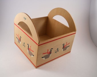 Wood Napkin Holder with cute ducks with red ribbons