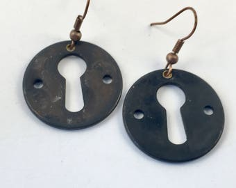 Round lock Earrings Oct/NER