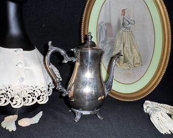 Wm Rogers Silver Plate TEA POT-Ornate Vintage Coffee Pot-Victorian-Steampunk Home Decor-Simple Shabby Server-Orphaned Treasure-J031918S