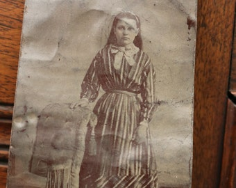 Tintype of a young girl