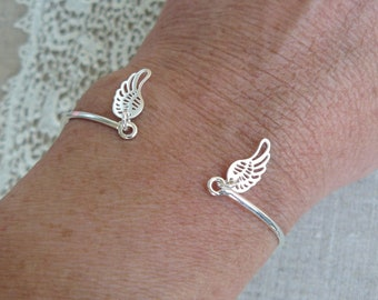 925 sterling silver Bangle Bracelet, wing charm, Sterling Silver women's clothing