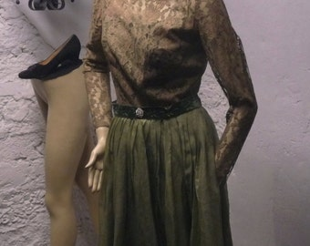 Vintage 1950's dress. organza and lace green cocktail prom wedding fifties dress long sleeves