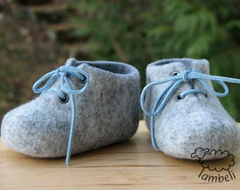 Felted baby shoes, Dark and light gray felted baby booties, Handmade baby shoes, Pram shoes, Baby photo prop, Newborn baby, Unisex