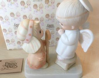 Vintage Precious Moments Jesus Is Born Figurine E-2012