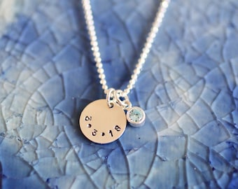 Birthdate Necklace - Mom Necklace-  Birthday Necklace - Personalized Date Jewelry - Engagement Gift - Date Necklace - Bride Necklace