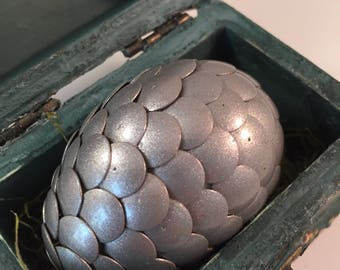 Dragon Egg with Box - Dragon Egg with Chest - Dragon Egg Decor - GoT Dragon Egg - SILVER - Regal Style Box