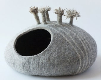 SPRING SALE Pets bed / Cat bed - cat cave - cat house - eco-friendly handmade felted wool cat bed - natural gray - cat cave