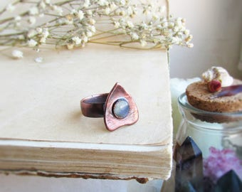 Ouija ring, planchette ring, goth ring,  ouija board ring, occult ring, copper labradorite, witchy ring, witchcraft, halloween jewelry