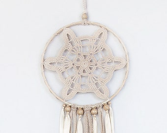 Dreamcatcher, Beige Dream Catcher, Crochet dreamcatcher, Doily Dream Catcher, boho dreamcatcher, wall hanging, wedding decor, handmade