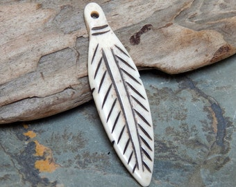60X16mm Carved Bone Feather Pendant with Black Detailing, 1 PC (INDOC45)