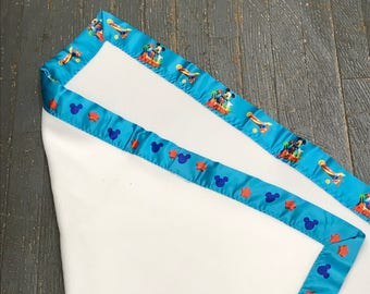 "Fleece Satin Edge Baby Lap Blanket Disney Mickey Mouse 29""x 31"""