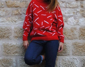 Red Sweater vintage white line