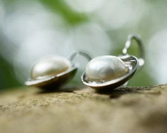 Hammered River Pearl Earrings, Hammered Earrings, Stainless Steel, Drop Earrings, Elegant Earrings, Designer Earrings, Unique Earrings