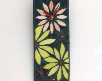 Small Wall Clock with Flower Design, Mosaic Art Clock Handcrafted from Stained Glass, Floral Decor for Office or Home