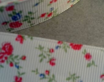 The meter White Ribbon with roses Liberty vintage