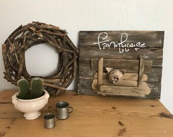 Farmhouse sign, rustic farmhouse sign, rustic pig, farmhouse pig, pig, reclaimed wood sign, one of a kind, pallet farmhouse decor, family