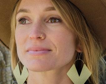 Aztec Brass Earrings / 14K Gold / Etched Brass Earrings / Boho Earrings / Festival Jewelry / Tribal Jewelry / Women's Jewelry