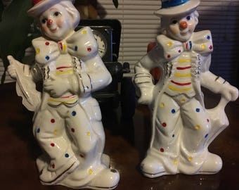 Set of two collectible clowns