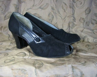 1930s Hand Sewn  Black Suede/ Leather Trim Peep Toe Heels            size  7 to 7 1/2