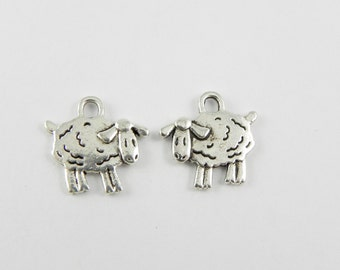 20 Sheep Charms in Antique Silver - 15mm x 15mm - Double sided