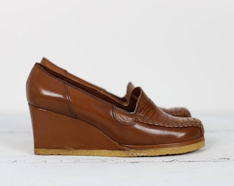 70s FLORSHEIM LEATHER WEDGES  size 8