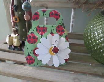 Ladybug Purse with Daisy Favor Boxes set of 10 with Free Shipping