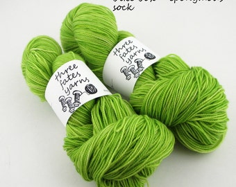 bike box- eponymous, fingering weight yarn