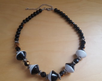 deco black and white glass bead necklace