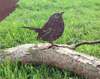 Beautiful Rusty Metal Sparrow Bird Garden Ornament