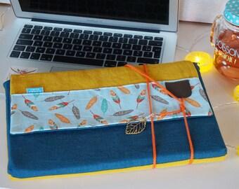 Pochette macbook pro, étui macbook air, housse ordinateur portable, sac ordinateur, velours côtelé, lin,  SUR MESURE, motif plumes, cadeau