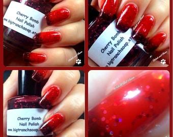 Color Changing Nail Polish - Mood Nail Polish - Glitter - Cherry Bomb - FREE U.S. SHIPPING