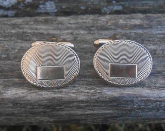 Vintage Oval Cufflinks. Gift for Men, Dad, Grad, Groom, Groomsmen, Anniversary, Birthday