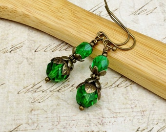 Green Earrings, Green Dangle Earrings, Dainty Earrings, Czech Glass Beads, Victorian Earrings, Antique Gold Earrings, Womens Earrings, Gifts