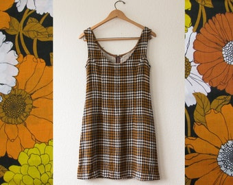 70's houndstooth pattern mini dress