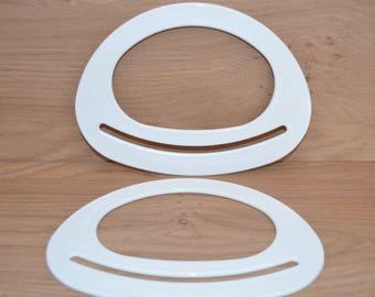 Bag handles made of Trapillo plastic half oval dish - white