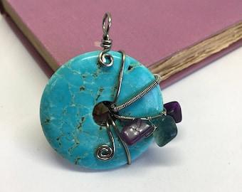 Doughnut stone pendant