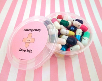 Multicolor Valentines Day Emergency Love Pill Kit Wish Pill Capsule with a Message Inside, Write Your Own Message Happy Pills