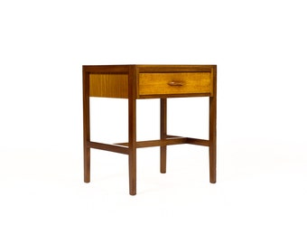 Danish Modern / Mid Century Teak End Table — Single drawer with carved pull