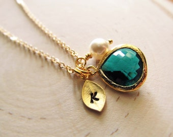 May Birthstone Necklace, Emerald Necklace, Gold Initial, Jewel, Pearl, Gold Birthstone Jewelry, May Birthday, Simulated Emerald Jewelry