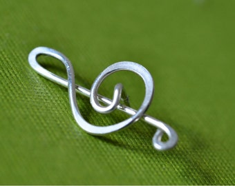 Treble Clef brooch, music sign, lapel pin, tie tack - great gift for musicians and music teachers