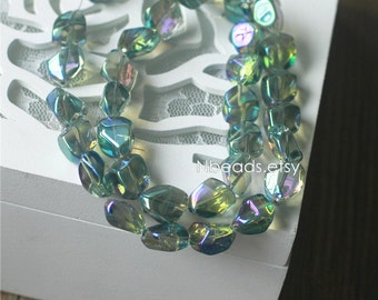 Crystal Faceted Glass Unique Stone Shaped beads 16mm Sparkly Green- (GM005-7)/ 38pcs
