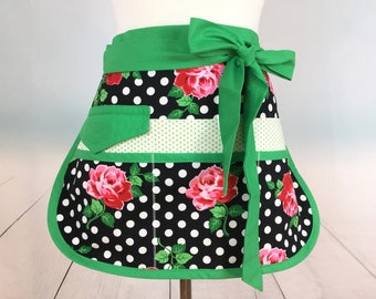 Sturdy Retro Rose Sassy Vendor Apron with 6 Pockets, Retro, Womens, great for Teachers Gifts, Gardening, Crafts, Utility, Farmers Market