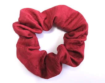 Scrunchie made from Vintage Japanese Kimono Fabric / Red