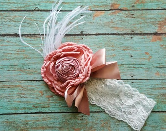 Baby girl lace headband with feathers