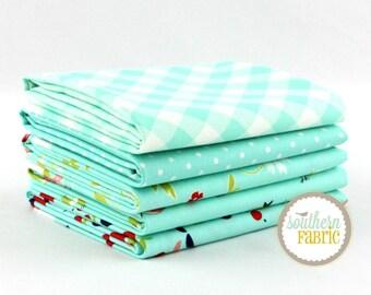 """Vintage Picnic - Aqua - Fat Quarter  Bundle - 5 - 18""""x21"""" Cuts - Bonnie and Camille - Moda Quilt Fabric"""